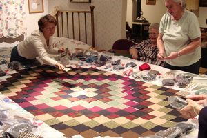 Live Quilting Bee